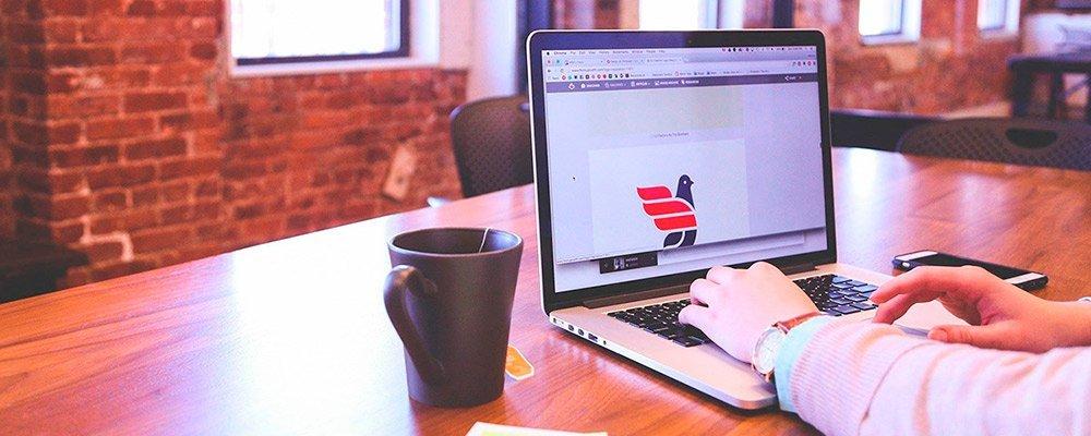 Claves-para-conseguir-que-una-web-corporativa-tenga-exito